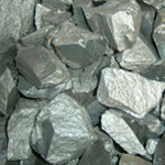 Crusher for metals and ferroalloys